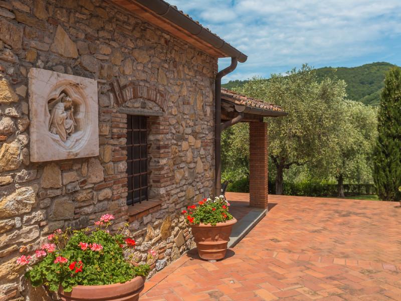 villa vallano villa in italien toskana mieten. Black Bedroom Furniture Sets. Home Design Ideas